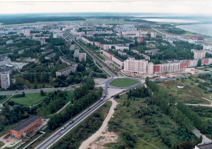 Кириши является центром Киришского района с 2004 года