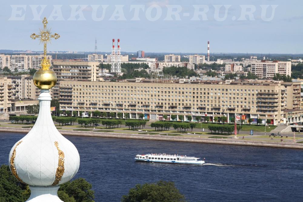 Наши эвакуаторы по самым низким ценам в городе Санкт-Петербурге и всей Ленинградской области