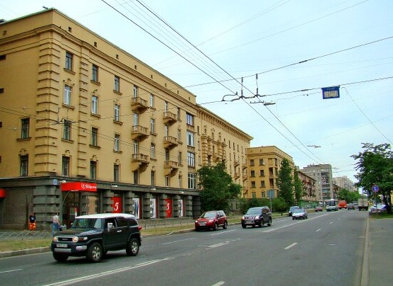 Эвакуатор дешево на Кондратьевском проспекте Калининского района СПб