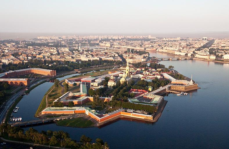 В Петроградском районе СПб вы можете воспользоваться услугами перевозки автотранспортных средств. Номер нашей эвакуаторной компании 8 (921) 944-27-00