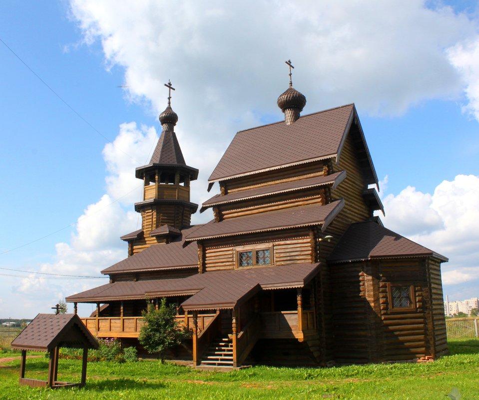 Никольское относиться к муниципальному образованию Тосненского района