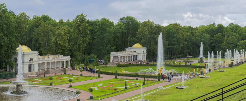 Петродворец (Петергоф) - город науки и фонтанов